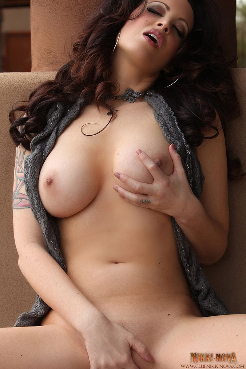 Nikki Nova Tattooed Babe Shows Her Perfect Boobs